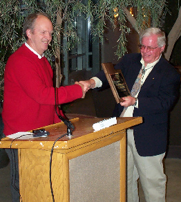 Bill King gives award to Dick Hildreth